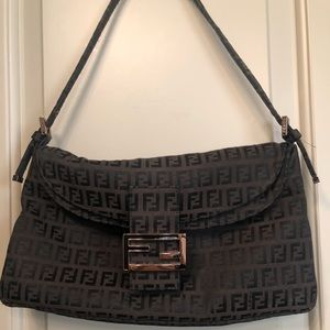 Fendi monogram shoulder bag in brown and black